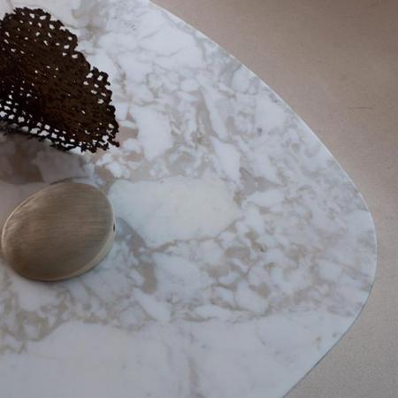 Nowoczesny stół Iblea Desalto