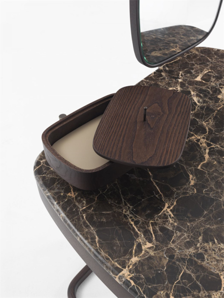 Toaletka z litego drewna Maskara Porada