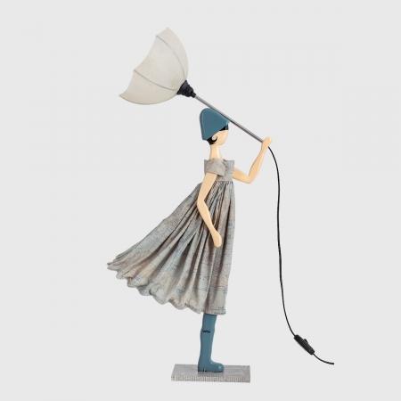 Oryginalna lampka dekoracyjna kobieta