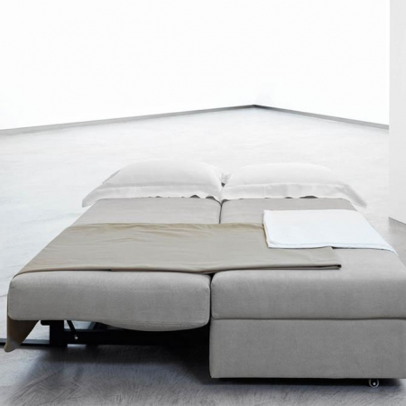 Minimalistyczna sofa Vulcano