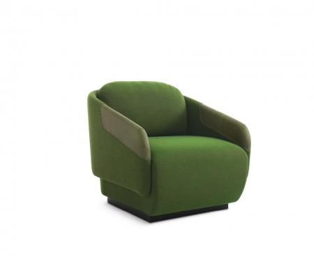 Minimalistyczny fotel Worn