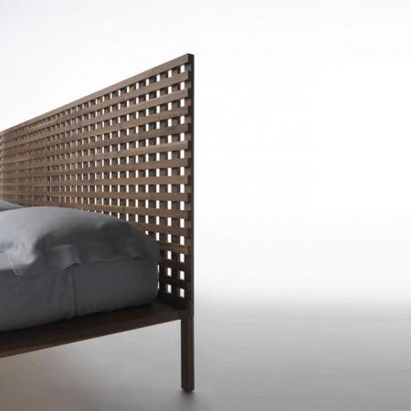 Oryginalne łóżko Twine Sommier Testiera